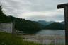 梅雨空の矢木沢ダム