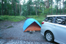 車中泊2名以外の3名が寝ているテント