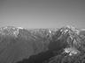 越後駒ヶ岳(左)と中ノ岳(右)