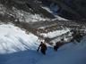 雪のつまったルンゼをツボ足登行