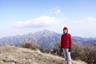 大山を背景に