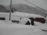 こんもり雪の積もった土樽駅