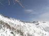 稜線に上がる雪煙