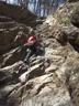 大滝を登るK