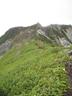 特異な岩峰の地蔵岳