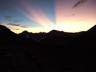 剣山荘から東面を望む、夜明け前の神秘的な光景