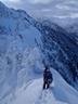 雪稜を行く