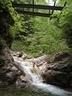 軌道下の小滝